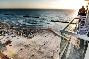 BIKINI's: Strand van Tel Aviv.